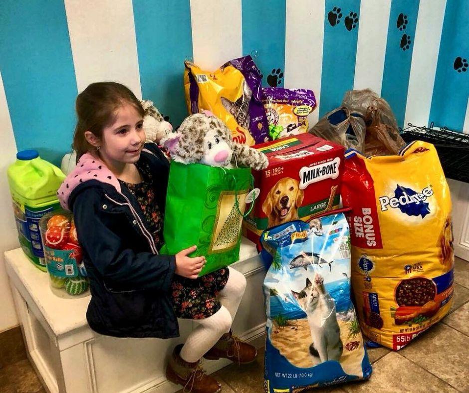 Volunteer Opportunity for Kids at Utah Animal Adoption Center